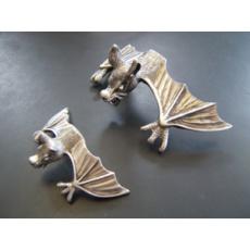 Soška samolepící netopýr