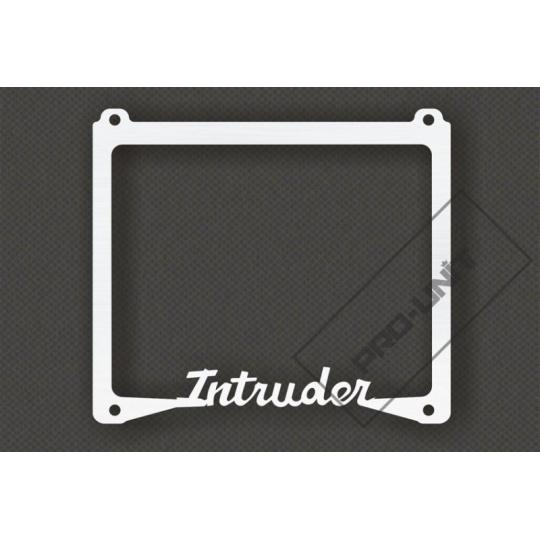 rámeček na SPZ Intruder
