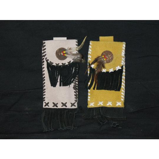 indiánská kapsička na cigarety