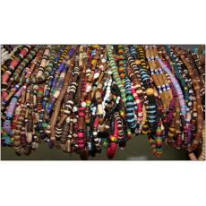 dřevěné náhrdelníky