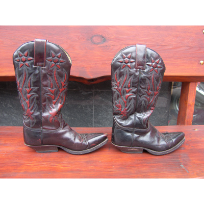 vysoké westernové boty zn. Sendra